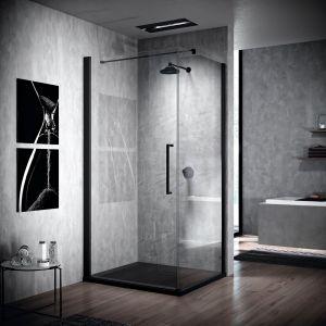 Kabina prysznicowa z czarnymi profilami Young 2.0 G+F marki Novellini. Fot. Novellini