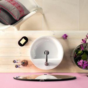 Okrągła umywalka stawiana na blat Caspia Ring marki Cersanit. Fot. Cersanit