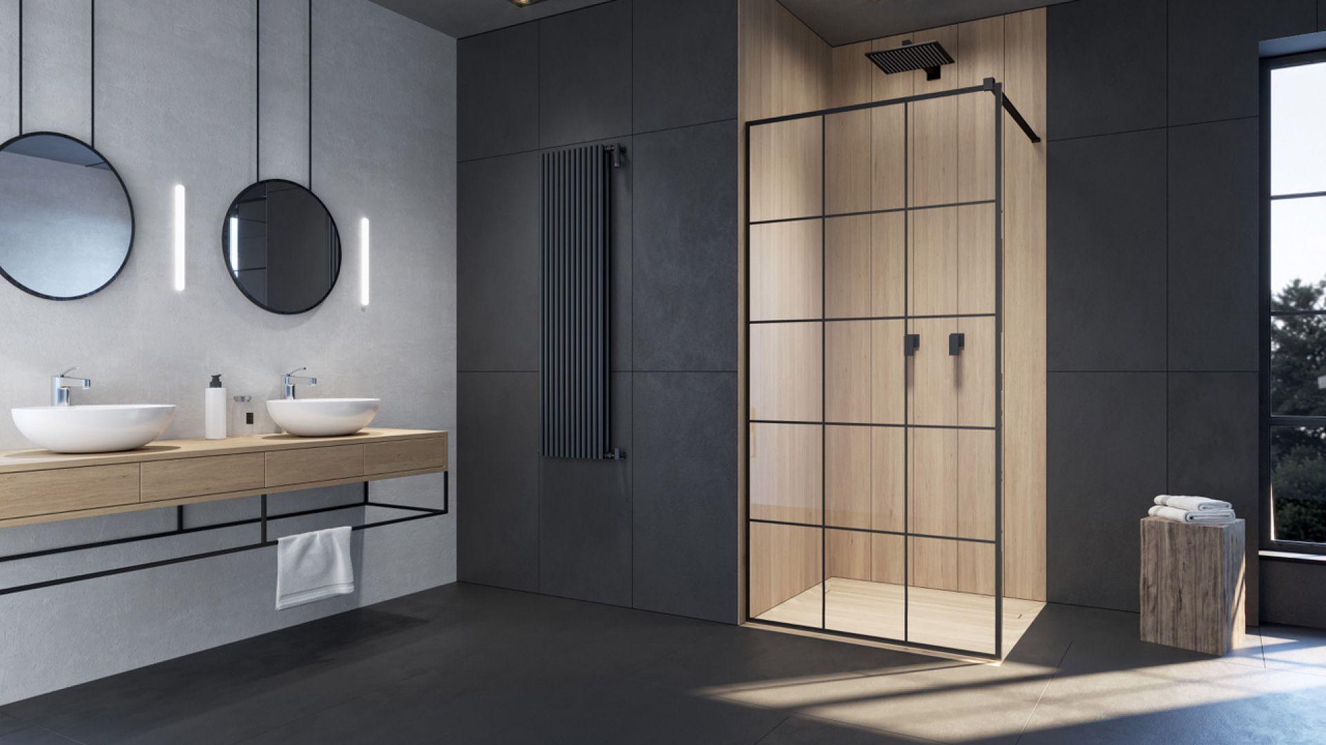 Kabina prysznicowa z czarnymi profilami i szprosami na szkle Modo New II Black Factory marki Radaway. Fot. Radaway