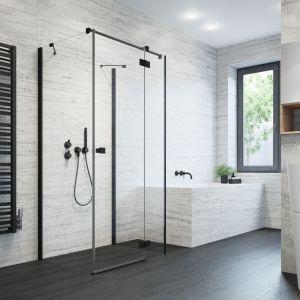 Modna kabina prysznicowa Essenza KDJ S Black z czarnymi profilami marki Radaway. Fot. Radaway