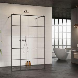 Modna kabina prysznicowa Mono New Black I Factory marki Radaway z czarnymi profilami i dekoracyjnymi szprosami na szkle. Fot. Radaway
