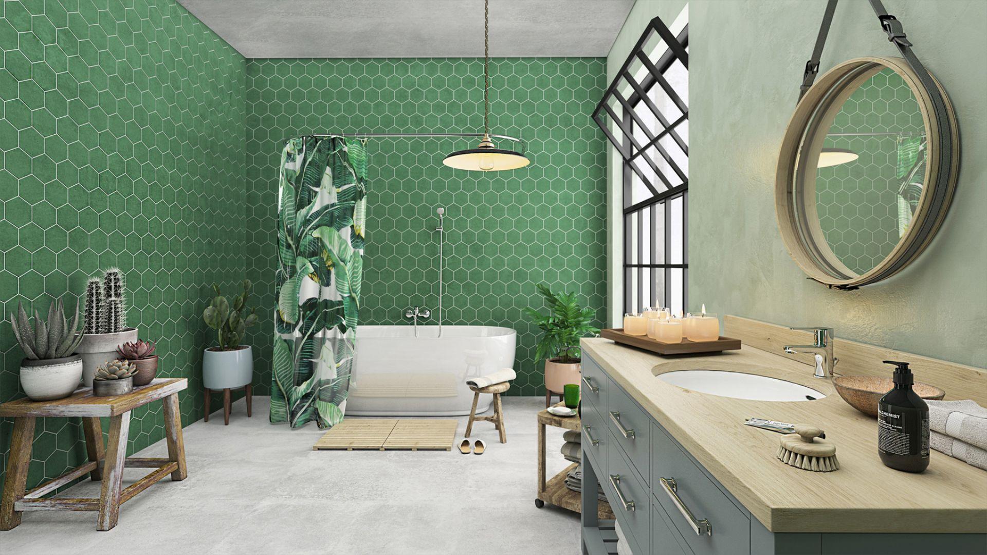 Aranżacja łazienki w stylu urban jungle. Na zdj. bateria umywalkowa stojąca Savio, bateria wannowa ścienna Savio. Fot. Ferro