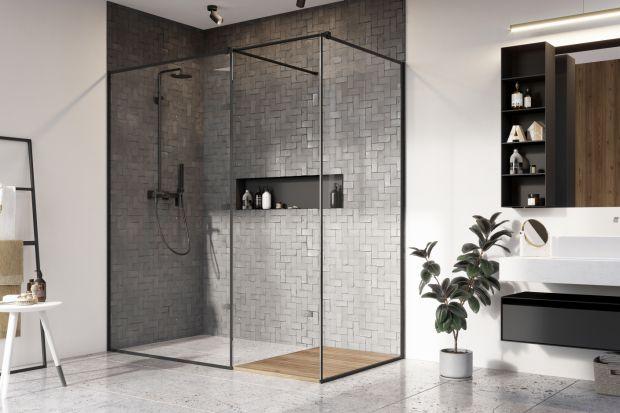 Czerń kojarzy się z elegancją i luksusem. To także jeden z najmodniejszych kolorów aranżacji wnętrz w tym roku. Wiedzą o tym doskonale producenci kabin prysznicowych.