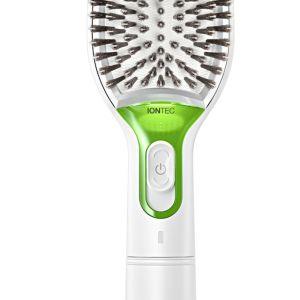 Szczotka z jonizacją Braun Satin Hair. Cena sugerowana: 129 zł. Fot. Braun