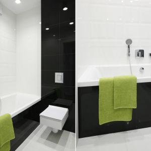 Mała łazienka z wanną. Proj. Małgorzata Galewska. Fot. Bartosz Jarosz