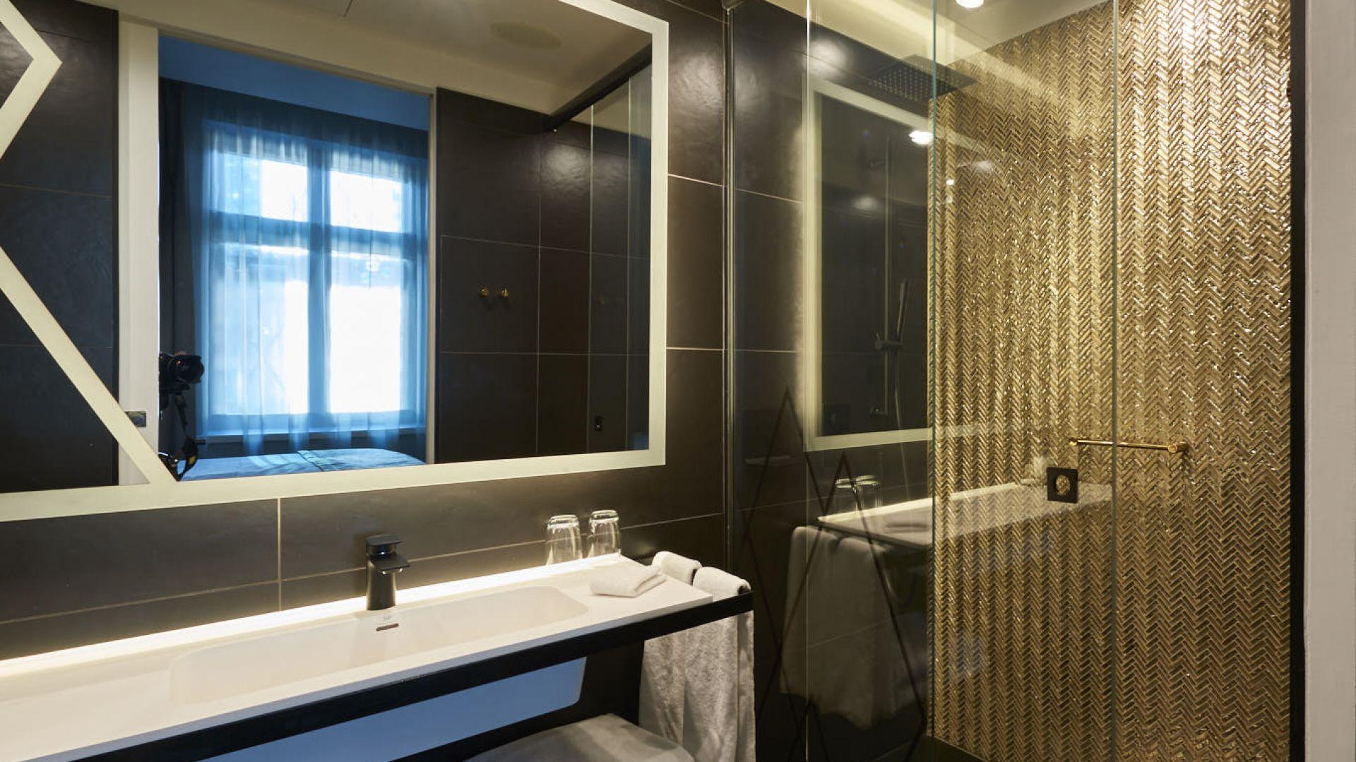 Szklana kabina prysznicowa. Fot. CDA Polska