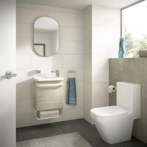 Szafka pod umywalkę z kolekcji mebli łazienkowych Tonic II marki Ideal Standard. Fot. Ideal Standard