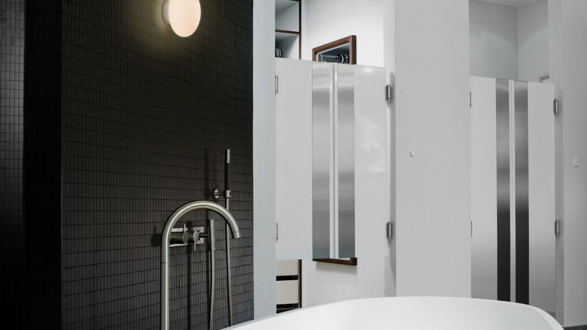 Oświetlenie w łazience: kinkiet Zeppo. Fot. Tomix.pl