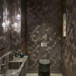 Toaleta dla gości. Proj. Katarzyna Kraszewska. Fot. Fot. Tom Kurek. Stylizacja: Eliza Mrozińska