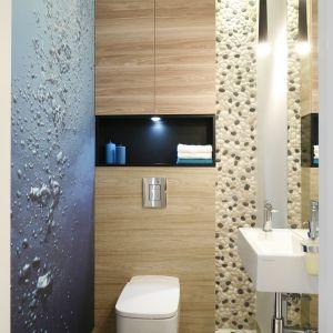 Toaleta dla gości. Proj. Joanna Morkowska-Saj. Fot. Bartosz Jarosz