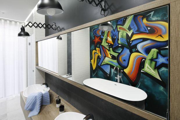 Ściany w łazience możemy wykończyć na wiele, niekiedy bardzo ekstrawaganckich sposobów. Zobaczcie te najciekawsze z polskich domów!
