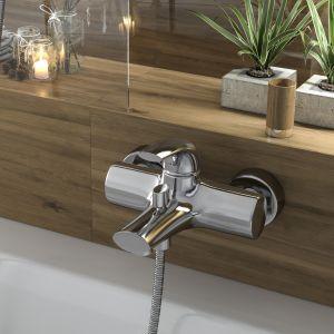 Miłe w dotyku akcesoria łazienkowe bambusowe z kolekcji Ferro znakomicie uzupełnią naturalny wystrój łazienki. Fot. Ferro