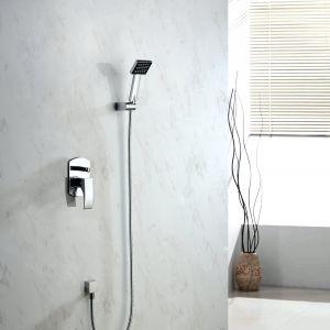 Podtynkowy zestawy z deszczownicą i prysznicem z serii Liwia. Fot. Blue Water
