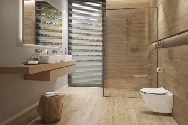 Płytki ceramiczne jak drewno to idealny sposób na nadanie łazience przytulnego klimatu. Zobaczcie 7 pięknych kolekcji, które nam to umożliwią.