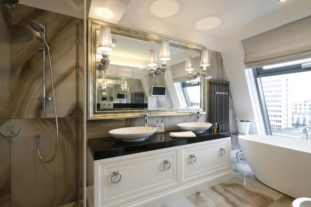Strefa umywalki dla dwojga: 10 pomysłów z polskich domów