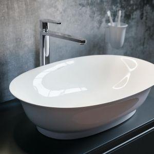 Nablatowa umywalka z serii The New Classic marki Laufen. Fot. Laufen