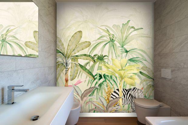 Ścianę w łazience wykończyć możemy różnymi materiałami, niekoniecznie muszą być to płytki ceramiczne. Bardzo urokliwe są chociażby wodoodporne tapety. Zobaczcie letnią kolekcję włoskiej marki.