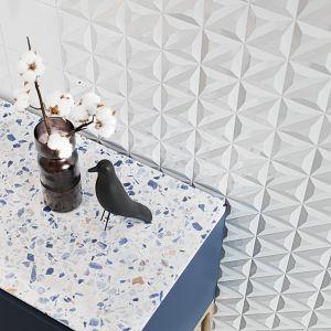 Płytki z dekorem z kolekcji Monoblock marki Opoczno. Fot. Opoczno