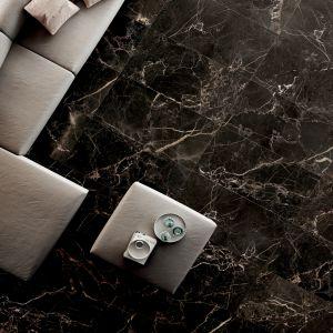 Czarne płytki jak marmur z kolekcji Anima Select marki Caesar Ceramiche. Fot. Caesar Ceramiche