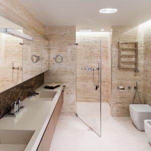 Pomysł na lustro w łazience. Proj. Anna Fodemska. Fot. Bartosz Jarosz