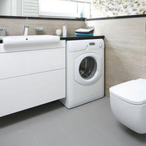 Pomysł na łazienkę z pralką. Proj. Joanna Morkowska-Saj. Fot. Bartosz Jarosz
