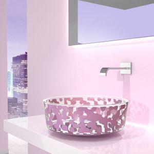 Umywalka z kolekcji Marea w kolorze Lavender. Proj. Karim Rashid. Fot. Glass Design