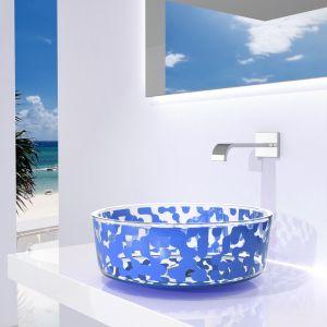 Umywalka z kolekcji Marea w kolorze Sky Blue. Proj. Karim Rashid. Fot. Glass Design