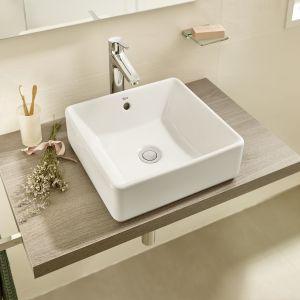 Strefa umywalki z umywalką z serii Alter. Fot. Roca