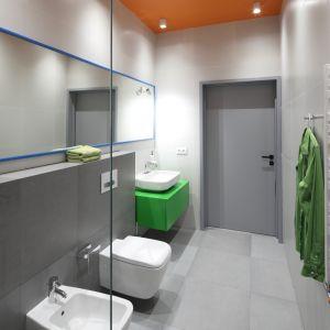 Gotowy projekt nowoczesnej łazienki. Proj. Konrad Grodziński. Fot. Bartosz Jarosz