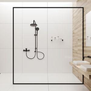 Czarna armatura w łazience: deszczownia AU-03-D04 Black marki Invena. Fot. Invena