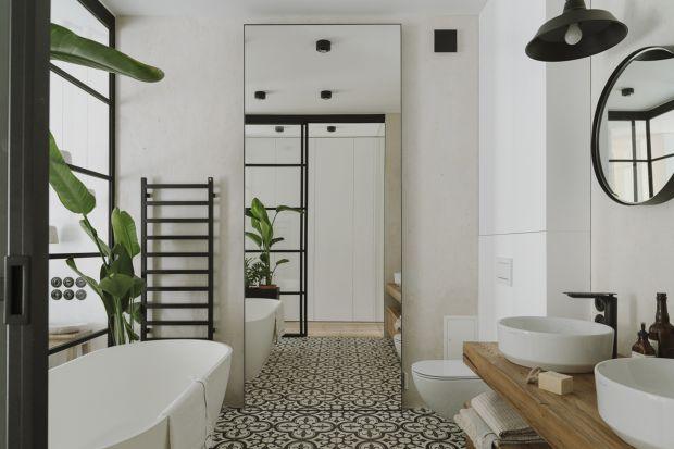 Łazienka urządzona w konwencji salonu kąpielowego to popularny obecnie trend. Zobaczcie jak interpretują go projektanci.