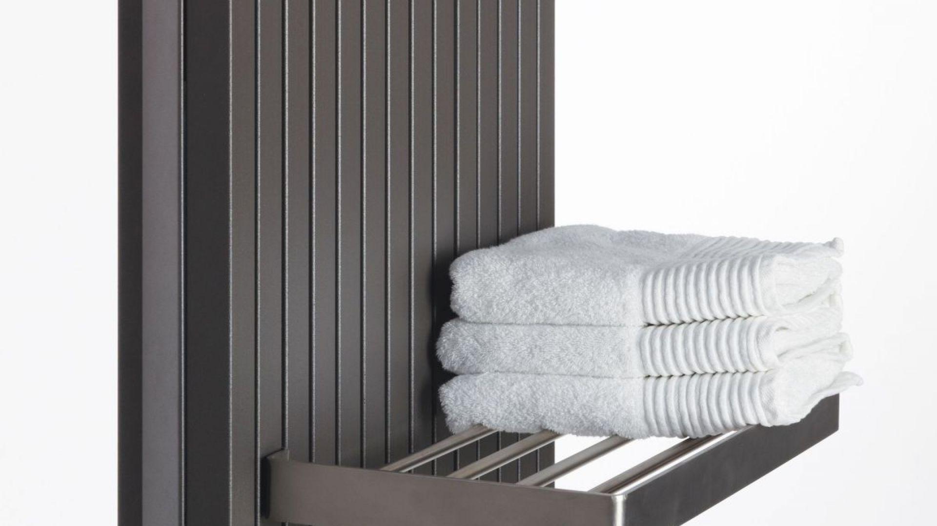 Grzejnik dekoracyjny Tetra z półką na ręczniki. Fot. Tetra