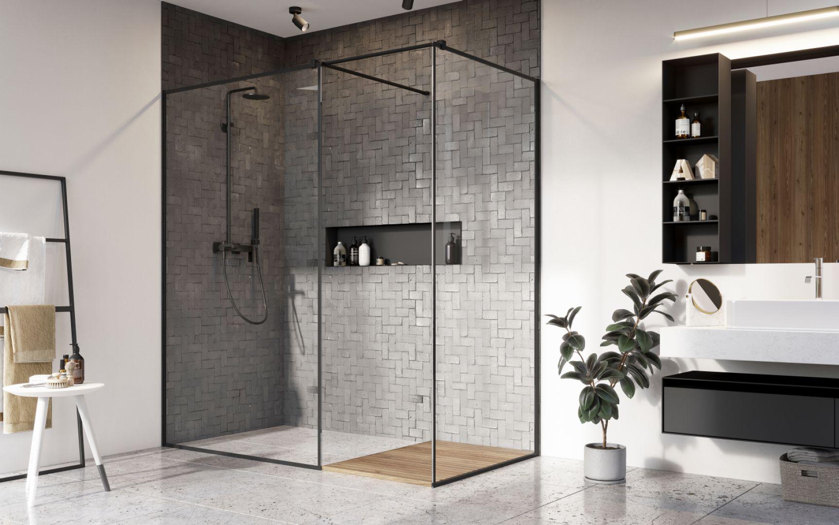 Modna strefa prysznica. Na zdjęciu kabina prysznicowa marki Modo New Black III Frame marki Radaway. Fot. Radaway