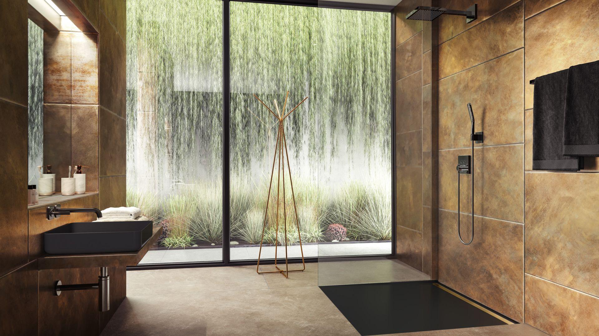 Modna strefa prysznica. Na zdjęciu ultrapłaski czarny brodzik Nexsys marki Kaldewei. Fot. Kaldewei