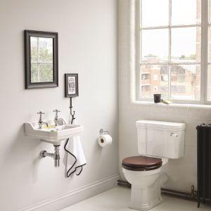 Do łazienki w stylu retro: ceramika sanitarna z kolekcji Waverley marki Ideal Standard. Fot. Ideal Standard