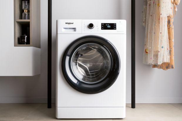 Sprzęt AGD przekłada się na stan naszych ubrań. Warto wybierać nowoczesne modele, które zatroszczą się o prane tkaniny.