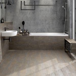 Płytki ceramiczne do łazienki w stylu loft: kolekcja Finwood marki Cersanit. Fot. Cersanit