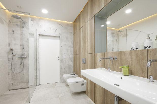 Prysznic coraz częściej zastępuje wannę lub - w większych łazienkach - jej towarzyszy. Zobaczcie jak nowoczesną strefę prysznica urządzają inni.