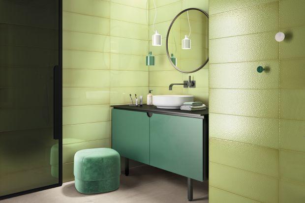 Kolorowe aranżacje łazienek zyskują na popularności. Jeżeli remontujecie łazienkę i chcecie wprowadzić do niej odrobinę fantazji poprzez dodanie kolorowych akcentów, sprawdźcie te kolekcje płytek!