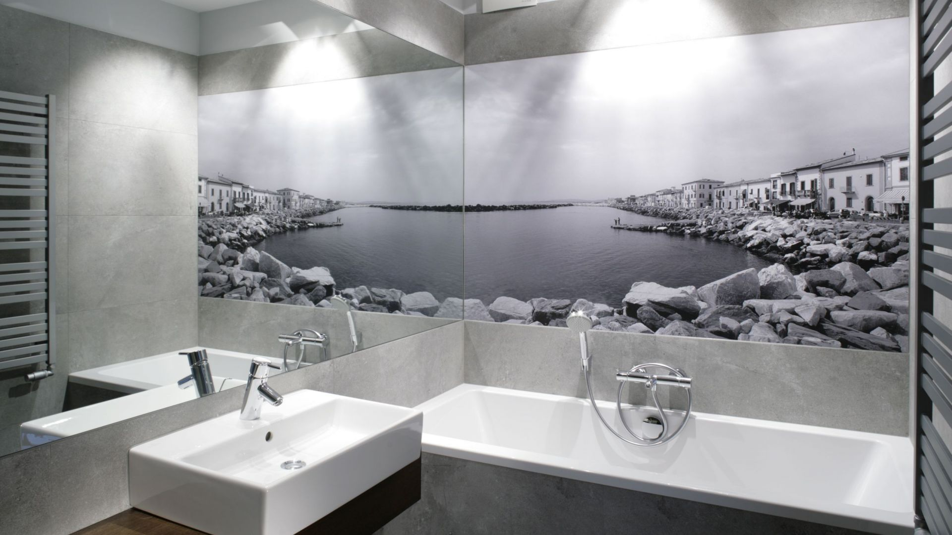 Aranżacja małej łazienki. Proj. Lucyna Kołodziejska. Fot. Bartosz Jarosz