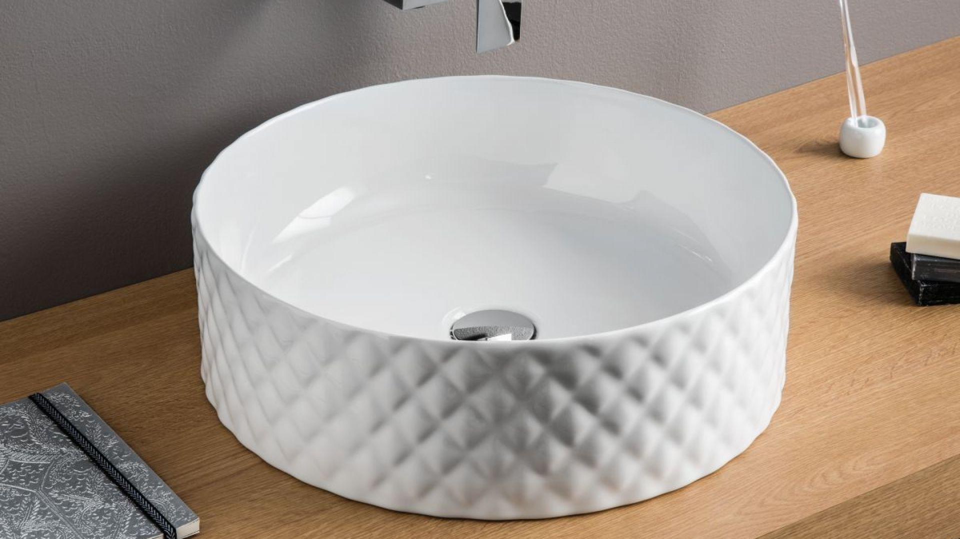 Designerska umywalka Rombo marki Artceram. Fot. Artceram