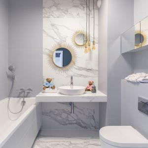 Aranżacja łazienki: ciekawe detale. Proj. Decoroom