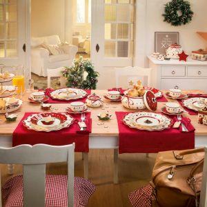 Porcelanowa zastawa świąteczna Villeroy&Bochutrzyma w tradycyjnej kolorystyce z ręcznie malowanymi motywami bożonarodzeniowymi. Fot. Villeroy&Boch.