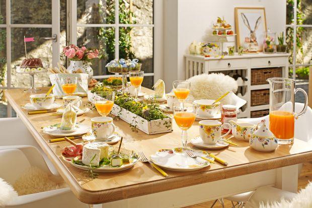 Wielkanoc zbliża się wielkimi krokami. Zaimponowaćgościom możemy nie tylko świątecznymi przysmakami, ale i pięknie przystrojonym stołem.