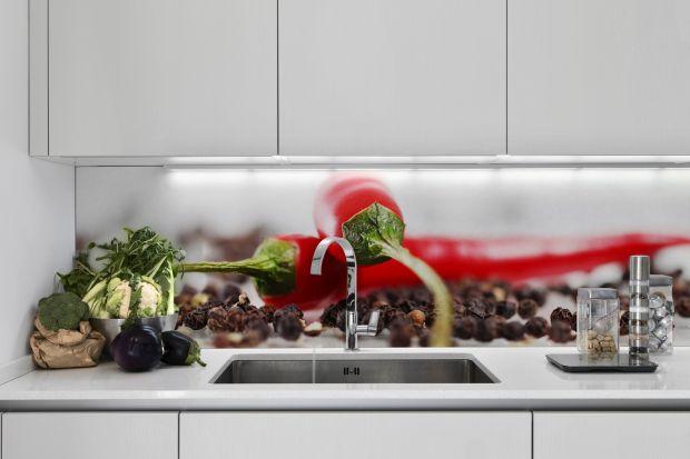 Szukacie pomysłu na dekoracje ścian w kuchni? Zobaczcie jakie możliwości dają kolorowe fototapety.