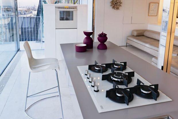 W codziennych pracach kuchennych równie ważna jak piekarnik jest płyta grzejna. Poznajcie zalety płyt indukcyjnych oraz gazowych.