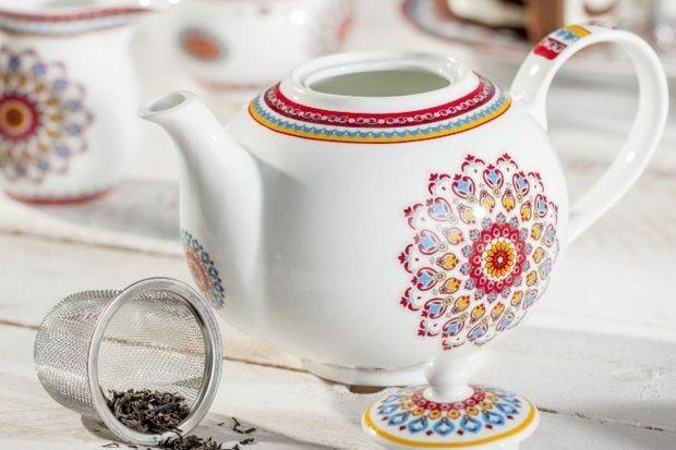 Kultura Orientu od dawna fascynuje i kusi oryginalną tradycją, smakami oraz kolorami. Wnętrza niczym z hinduskich pałaców znanych z bollywoodzkich filmów pełne są wzorów i odcieni inspirowanych naturą. Marzysz o tym, aby zobaczyć kraje Dalekieg