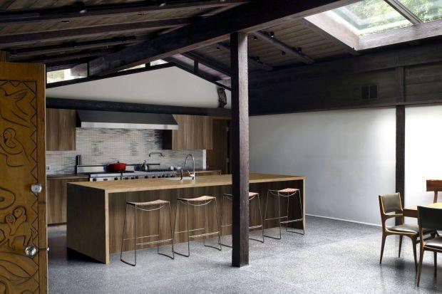 Modne materiały w kuchni w stylu loft
