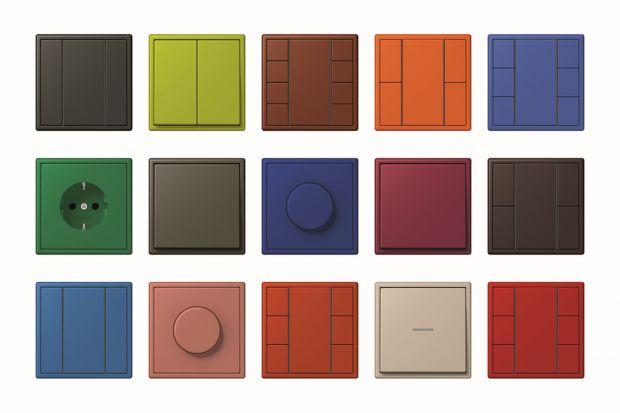 Wyłączniki w serii LS stanowią oznakę ponadczasowej elegancji. Tę niezwykłą serię cechują kwadratowy kształt, proste linie z wąską lub płaską ramką i materiały najwyższej jakości.