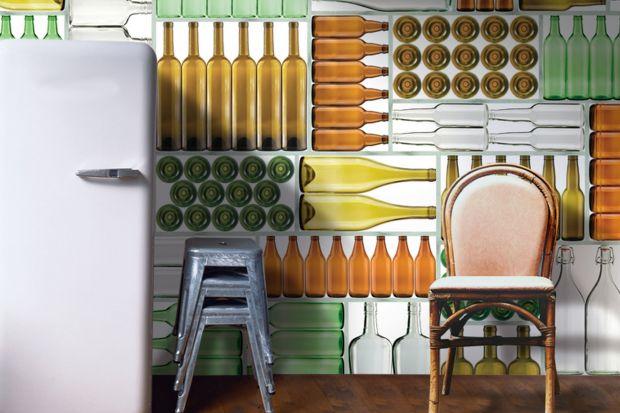 Glamora to marka cenionych na całym świecie wielkoformatowych grafik ściennych. Portfolio firmy liczy kilkaset unikalnych wzorów autorstwa najlep-szych designerów, artystów plastyków i architektów, w tym m.in. legendarnego Karima Rashida.